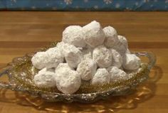 Danish Wedding Cookie Balls - An easy cookie recipe perfect for just about any party!