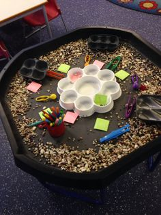 Jack and the beanstalk fine motor skill activity. Includes writing too!