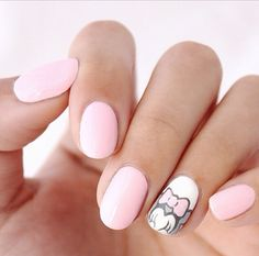 Love these nails!! ❤️ gonna do mine like this sooo cute