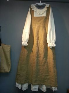 Olive Linen Story- Lithuania Linen Inc. Mori Girl Fashion, Modest Fashion, Hijab Fashion, Fashion Dresses, Turkish Fashion, Korean Fashion, Kawaii Dress, Sweet Dress, Classic Outfits