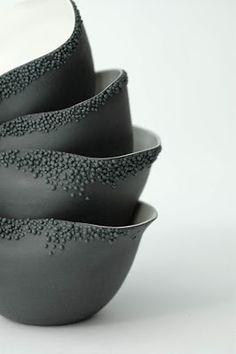 Jeanette Cloum: The porcelain Clémentine Dupré Pottery Bowls, Ceramic Pottery, Pottery Art, Ceramic Clay, Ceramic Plates, Earthenware, Stoneware, Keramik Design, Keramik Vase