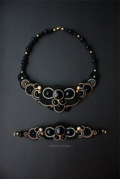 Handmade soutache necklace and bracelet by Mildossutazas on Etsy Soutache Bracelet, Soutache Pendant, Soutache Jewelry, Beaded Jewelry, Leaf Jewelry, Bead Jewellery, Wire Jewelry, Jewelery, Imitation Jewelry