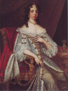 Queen Catherine of Braganza looks every bit a Queen in a jeweled bodice and skirt in this 1667 Huysmans portrait. Female Portrait, Portrait Art, Catherine Of Braganza, Adele, House Of Stuart, Rococo Fashion, Hair Starting, Queen Of England, Tea Art