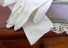White Vintage Gloves Longer Length Bride's by GreenbriarCreations, $20.00