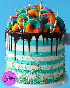 Cake Decorating Designs, Cake Decorating Videos, Cake Decorating Techniques, Cake Designs, Cute Desserts, Chocolate Desserts, Delicious Desserts, Dessert Recipes, Cake Recipes