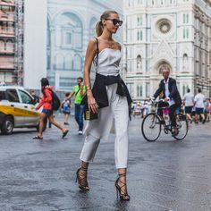 ミニマムさがかっこいい!海外レディースファッションスナップ | 海外・国内のおしゃれなモノ・アイデアを集めるサイト「Q ration(キューレーション) 」