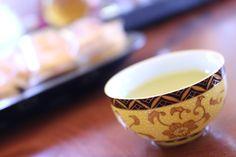 台湾烏龍茶仕入れ旅行記6が更新されました! 休憩から戻った一行は大禹嶺やオーガニック梨山茶などの高級茶の試飲に挑みます! #台湾 #ブログ更新 #台湾茶 #梨山茶 #大禹嶺 #dayuling #organictea #阿里山茶 #野生茶 #蜜香茶 #台湾烏龍茶 #聞香堂 #monkadojp #清茶 #半発酵茶