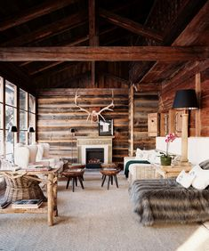 interior design of Office Workspace Rustic Home Library Design With Timber Frame House Marvelous Home Libraries Design, and house design Off. Timber Frame Homes, Timber House, Timber Frames, Home Library Design, House Design, Cabin Design, Library Bar, Chalet Design, Rustic Design