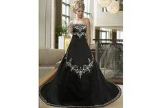 Extravagance má jméno  Černé svatební šaty Svatební Šaty 2013 d77afbc380