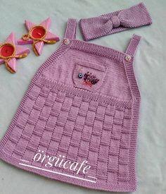 Diy Crochet Sweater, Crochet Baby Dress Pattern, Knit Baby Dress, Diy Crafts Knitting, Easy Knitting Patterns, Baby Cardigan, Knitted Heart, Ravelry Crochet, Knitting Videos
