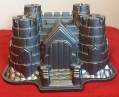 Nordic Ware Heavy Duty Non Stick 10 Cup Castle Bundt Cake Baking Pan T2
