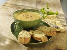 Pórková polévka s česnekovým chlebem
