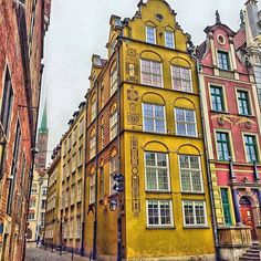 And the are back in Gdansk! It was amazing to visit the Artcic Circle and Finland. Until Christmas we will stay in Poland. And then... Who knows? Maybe we will go somewhere far far away? #gdansk #instagdansk #gdansk_official #gdanskoldtown #oldtown #baltic #poland #europa #europe #travel #traveling #travelling #travelpics #polandtravel #instatravel