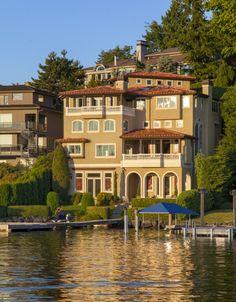9205 Shoreland Dr Se, Bellevue WA 98004 -     www.Bellevue-homes.eastside-seattle-info.com  - Maninoa Thompson -