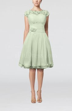 Sage Green Cinderella Scalloped Edge Short Sleeve Chiffon Knee Length Lace Bridesmaid Dresses - iFitDress.com