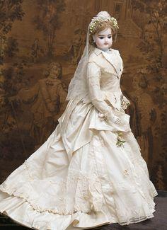 74 см Роскошная Выставочная большая модная кукла Готье в свадебном наряде - на сайте антикварных кукол.