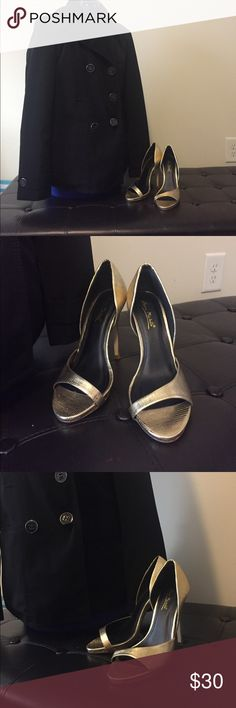 Anne Michelle 4.5 inch Heels Anne Michelle 4.5 inch Heels  Super Cute dressed up or with a pair of jeans  Worn Once  Size 7/ 37  Gold ALL PRICES ARE NEGOTIABLE Anne Michelle Shoes Heels