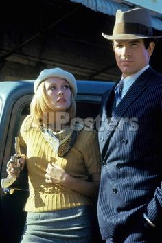 Bonnie and Clyde 1967 Directed by Arthur Penn Faye Dunaway and Warren Beatty Movies Photo - 30 x 46 cm