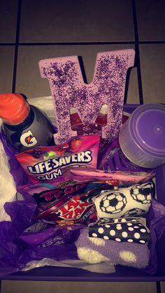 Cute Birthday Gift, Birthday Gift Baskets, Birthday Gifts For Teens, Happy Birthday Gifts, Birthday Gifts For Best Friend, 21st Birthday, Valentine Gift Baskets, Valentine's Day Gift Baskets, Themed Gift Baskets