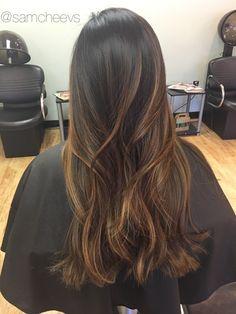 Caramel brown balayage ombré for dark hair types // ethnic hair Indian Asian Latina Hispanic black hair with natural highlights