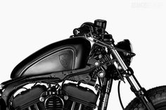 Fully Loaded: the Shaw x Rough Crafts Harley 48 Harley Davidson Dealers, Harley Davidson Sportster, Harley Davidson Bikes, Custom Harleys, Custom Motorcycles, Harley 48 Custom, Truck Box Covers, Sportster Iron, Bike Builder