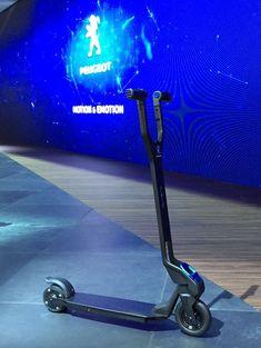 La Peugeot HYbrid-kick est une trottinette électrique design et légère