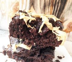 Half Baked Protein Brownies | Saftiges Brownies Rezept