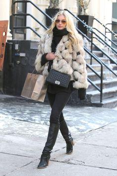 Elsa Hosk, por las calles de Nueva York.
