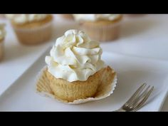 Vanilla Cupcake Recipe – Carina Stewart