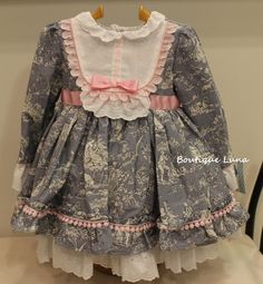Toddler Dress, Toddler Outfits, Kids Outfits, Newborn Girl Outfits, Little Girl Dresses, Little Kid Fashion, Kids Fashion, Fancy Dress Design, Sewing Doll Clothes