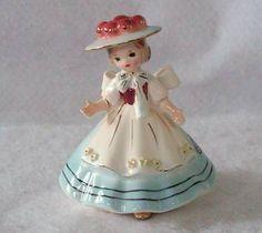 Vintage Josef Originals Little Girl Japan -- Antique Price Guide Details Page Antique Appraisal, Glass Dolls, Coca Cola, Flea Market Decorating, Beautiful Barbie Dolls, Porcelain Jewelry, Collectible Figurines, Vintage Ceramic, Xmas Decorations