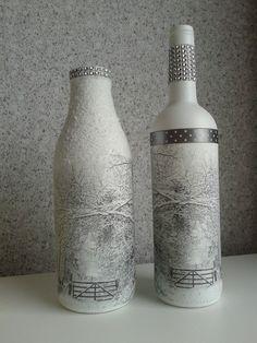 Flessen met gesso en servetten