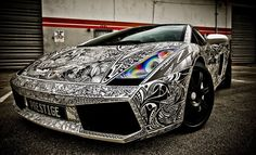 The Sharpie Lamborghini. That is so cool!!! If only I was a millionaire I could own one too. Anybody wanna loan me a few million??? :)