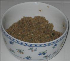 Receita SAUDÁVEL DE PATÊ DE ERVAS AROMÁTICAS  Veja mais em http://www.comofazer.org/culinaria/receita-saudavel-de-pate-de-ervas-aromaticas/