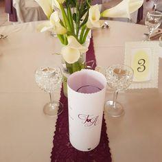 Esküvői menü - fényképes. Gyere és válogass a több mint 500 csodálatos egyedi esküvői kellék közül. Mennyiségi kedvezményekkel várunk. MerciDekor.hu Inspirációs képeink segítenek a Te stílusod megtalálásában. Gyere és hívj: Tel: 30/385-4688 Ingyenes tanácsadással várunk! - Esküvői menü - fényképes Table Decorations, Home Decor, Decoration Home, Room Decor, Home Interior Design, Dinner Table Decorations, Home Decoration, Interior Design