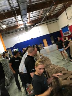 4.11.2019 Members of the ACI PHX and Steelcase team spent the afternoon preparing emergency food kits at St. Mary's Food Bank Alliance.