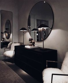 Wohnung Einrichten ideen - Don't like how dark it is, but love the whole minimal dresser set up - mirro. Dark Living Rooms, Home And Living, Living Room Decor, Modern Living, Dresser Sets, Dresser Mirror, Mirror Set, Minimal Decor, House Rooms