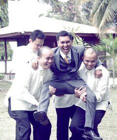 #Groom #Bestman #Groomsmen #Bayanihan #CoralandiaResortandRestaurant #PhotobyArnoldLaserBendoy #weddingphotographer