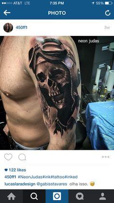 Tattoo by in Berlin, Germany Pilot Tattoo, Armor Tattoo, Mask Tattoo, Cool Shoulder Tattoos, Half Sleeve Tattoos For Guys, Cool Tattoos For Guys, Boy Tattoos, Skull Tattoos, Tattoo Motorcycle