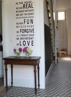 Welcome home / notre entrée / maison bourgogne #burgundy