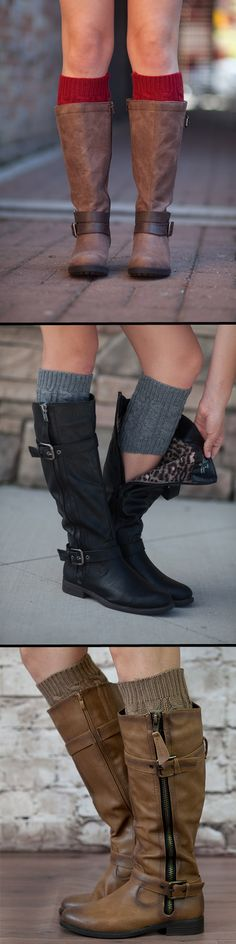 Are you serious?!  Cable knit boot cuffs! So perfect. I need these right now!