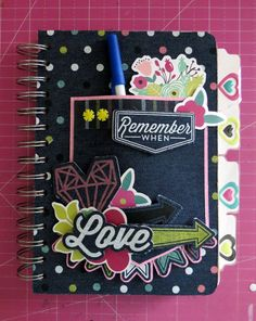 Make your own bound journal with the #Cinch with the Denim Blues Collection from @wermemroykeepers.  By designer @carrie120368