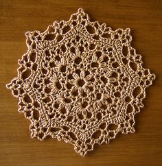 crochet pattern from Little Doilies Crochet Dollies, Crochet Doily Patterns, Tatting Patterns, Crochet Squares, Thread Crochet, Love Crochet, Crochet Motif, Beautiful Crochet, Crochet Lace