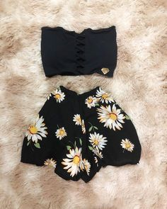 Pin by bibian Nunez on Clothing in 2019 Teen Fashion Outfits, Outfits For Teens, Trendy Outfits, Girl Fashion, Teenager Mode, Teenager Outfits, Cute Summer Outfits, Fall Outfits, Cute Outfits
