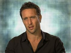 Pic for the day - Man-pretty by Alex O'Loughlin