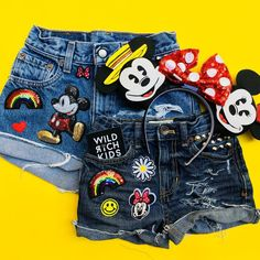 Denim Shorts with Disney Patches Disneyland Disney Diy, Cute Disney, Disney Style, Disney Trips, Disney 2017, Disney Themed Outfits, Disneyland Outfits, Outfits For Teens, Cute Outfits