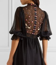 Tweed Rose: MUST HAVE Temperley London Mini Aura embroidered silk-blend chiffon and lace mini dress Fashion Details, Look Fashion, Womens Fashion, Ladies Fashion, Lace Dress With Sleeves, Dress Up, Dress Night, Casual Dresses, Fashion Dresses