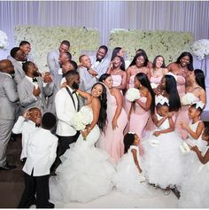 Wedding day makeup for bride photo ideas 32 new Ideas Wedding Goals, Wedding Pics, Wedding Bride, Wedding Styles, Dream Wedding, Wedding Day, Wedding Dresses, Wedding Makeup, Bridesmaids And Groomsmen