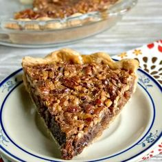 Everyone will love this Chocolate Pecan Pie that is so yummy with all the chocolate chips! Chocolate pecan pie recipe is easy to make. It's sure to impress. Easy Chocolate Pie Recipe, Chocolate Chip Pecan Pie, Best Pecan Pie Recipe, Pecan Pie Cake, Melting Chocolate Chips, Pecan Pies, Chocolate Pies, Delicious Chocolate, Chocolate Recipes