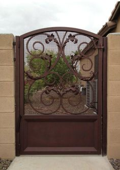 My favorite metal gate from Colletti Design. I love this gate.